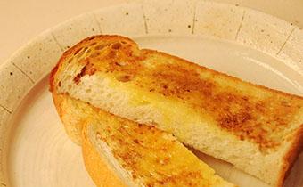 醤油トースト